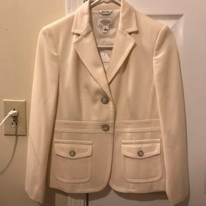Woman's suit coat / blazer